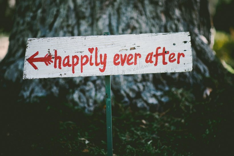 Happily Ever After by Ben Rosett on Unsplash: 99 Percent Mine by Sally Thorne (The Modest Reader)