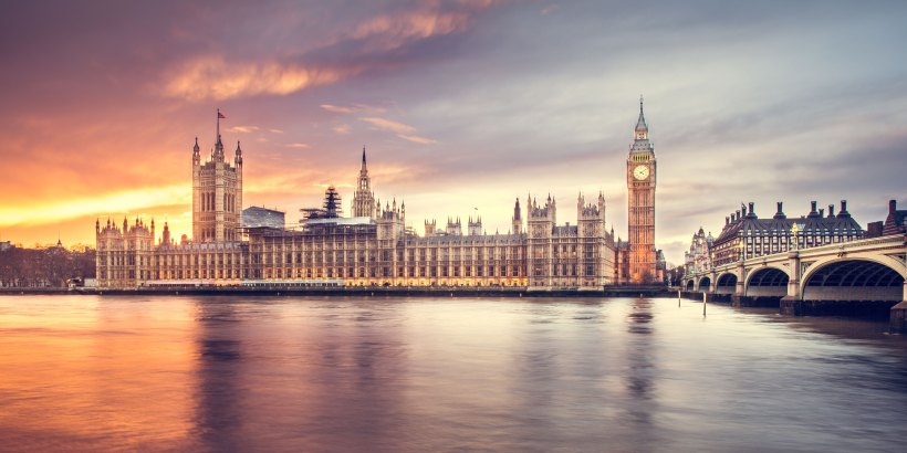 London by Luca Micheli on Unsplash: Again, but Better by Christine Riccio (The Modest Reader)
