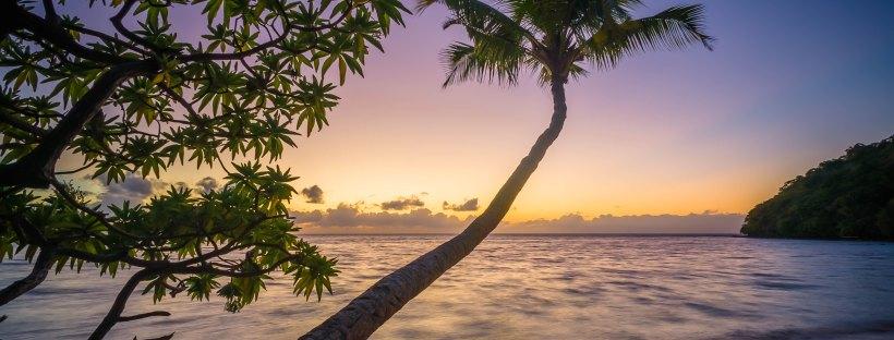 Beach by Jasper Boer on Unsplash: Unhoneymooners by Christina Lauren (The Modest Reader)